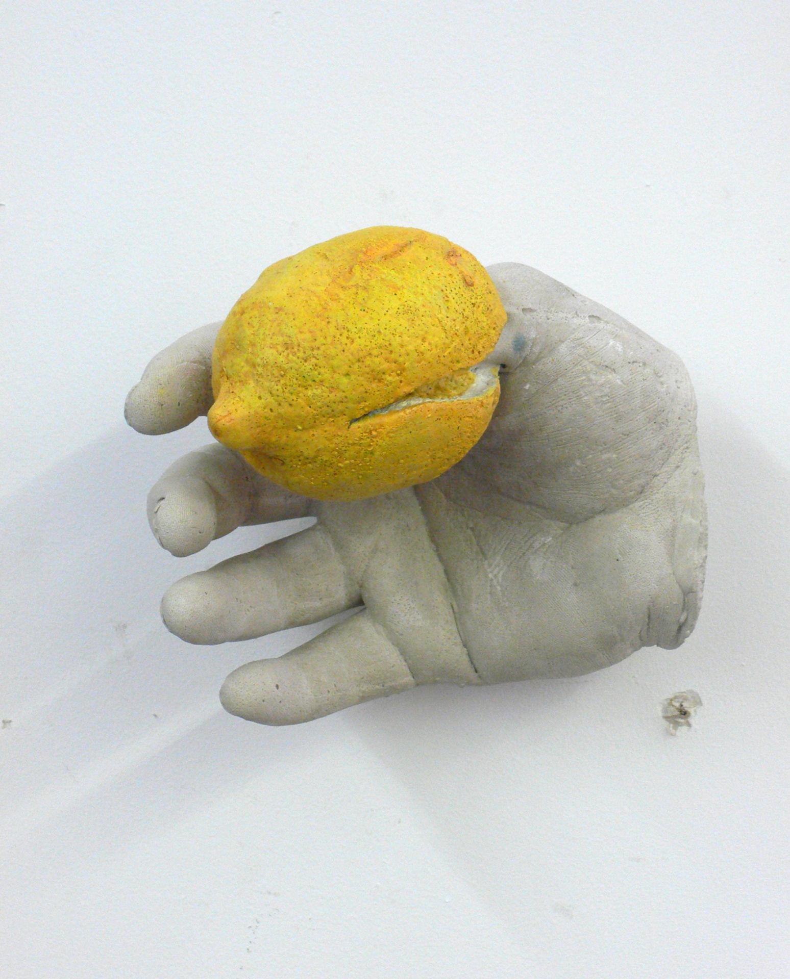 Hand Lemon