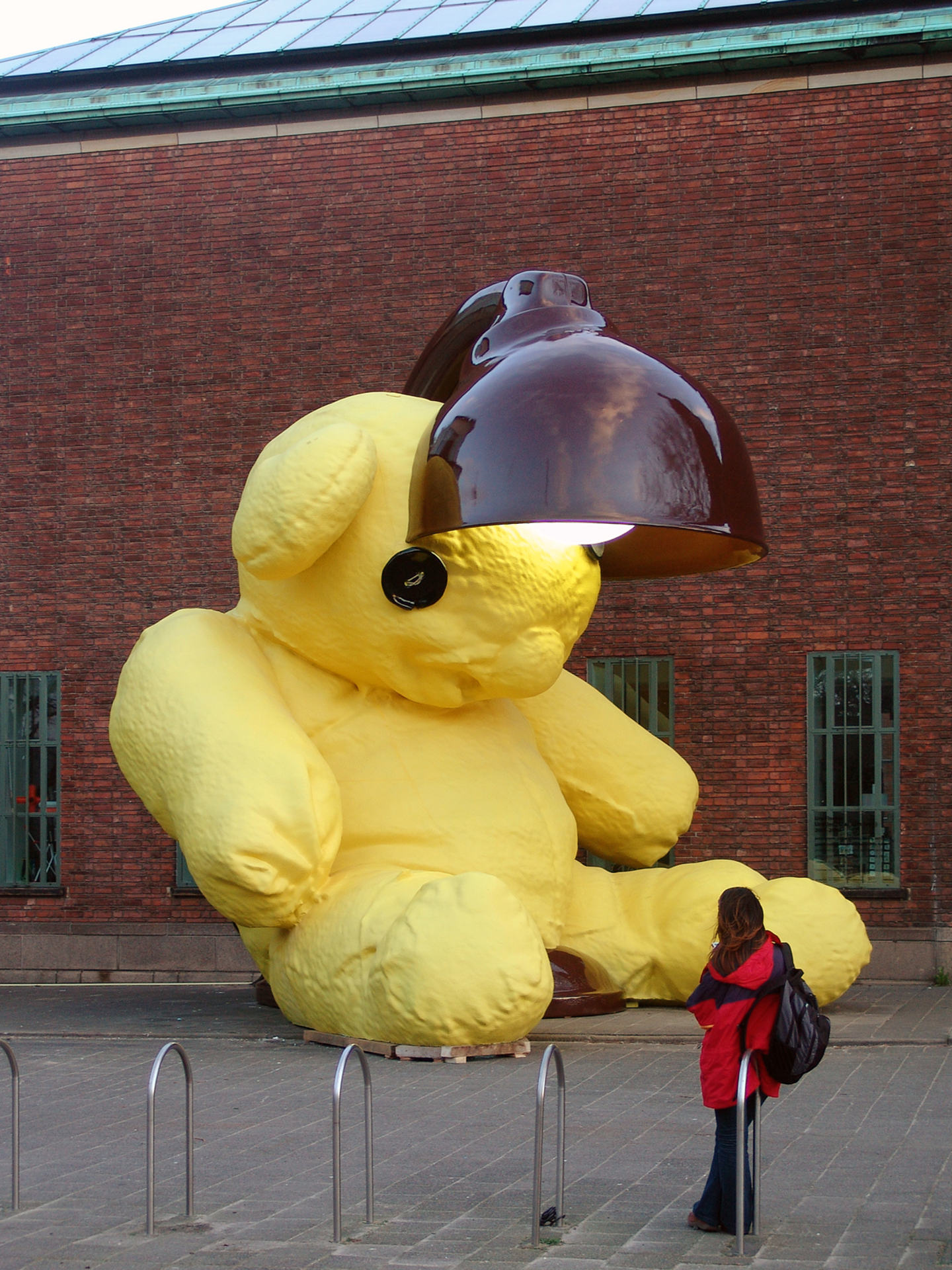 Untitled (Lamp / Bear)