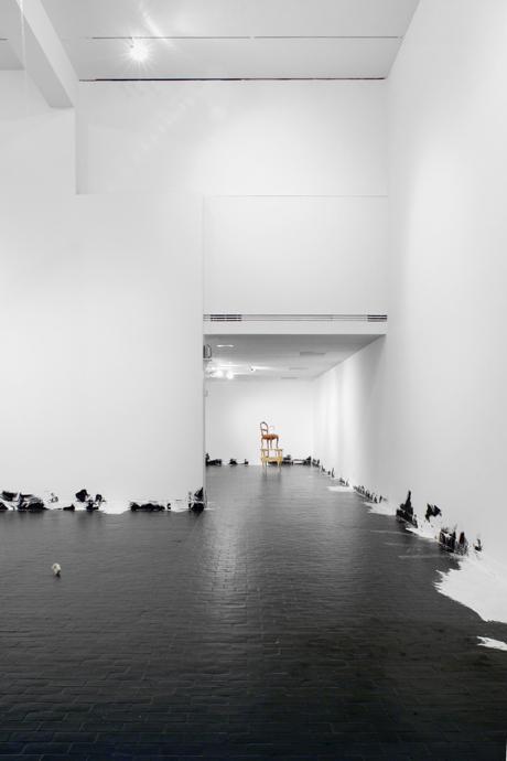 Untitled (Floor Piece); Nach Jugendstiel kam Roccoko; Addict 2006